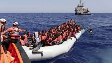 Photo of ليبيا.. إنقاذ 217 مهاجرا غير شرعي في سواحل البلاد