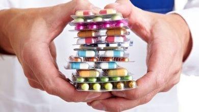 Photo of دراسة: تناول المضادات الحيوية يزيد مخاطر حصوات الكلى