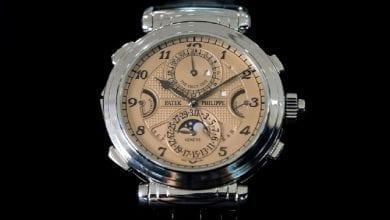 Photo of أغلى ساعة يد في العالم تباع بـ31 مليون دولار