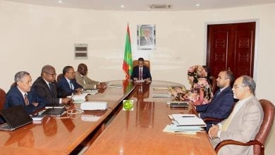 Photo of اللجنة الوزارية لمواجهة كورونا تكتفي بإصدار بيان مكتوب