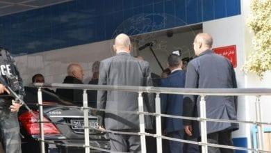 Photo of تونس..مقتل أمني وإصابة آخرين في عملية انتحارية بالعاصمة