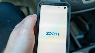Photo of تحذيرات من ثغرة تهدد مستخدمي Zoom حول العالم